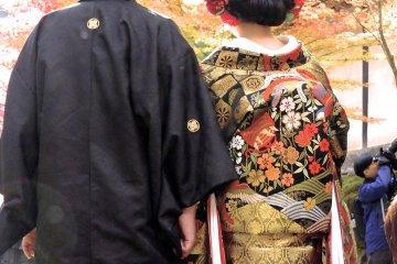 อยากจะชมชุดกิโมโนในเกียวโตใช่ไหม?