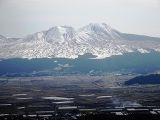 Mt Aso draped in winter snow