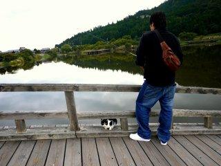 Un pêcheur et son ami
