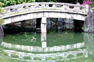 Chion-in Garden on a Rainy Day