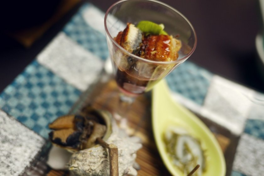 The eel is worked with delicious dressing.