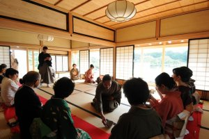 A Cha-seki (indoor tea ceremony) being performed inside the house of Korekiyo Takahashi
