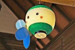 江之岛站内可爱的江之电小灯笼