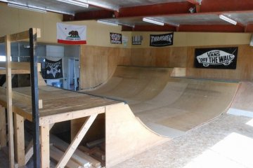 Lucky Oldies Show Skatepark