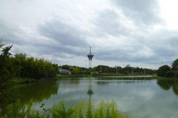 Tsurumi Ryokuchi Park