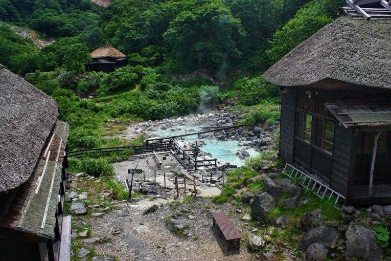 Le Charme Rustique de Kuroyu Onsen