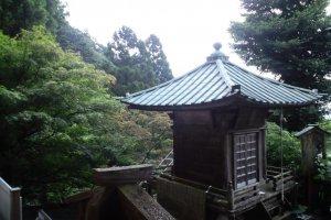 Unusual shrine roof