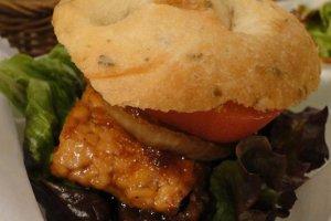 tempeh burger - vegan