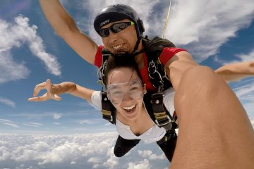 Skydiving in Japan