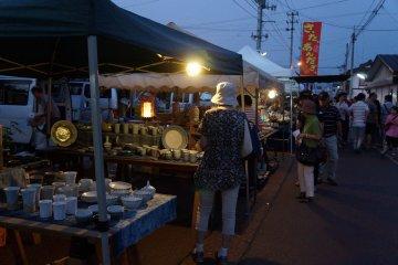 Aizu Hongo Morning Pottery Market