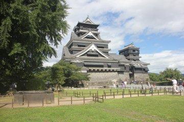 Kastil Kumamoto pada Musim Panas