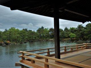 Takushiro Tamane sudah lama bekerja di taman-taman di Kyoto, termasuk Kinkakuji