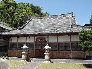 Главный зал Богослужений