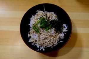 Una delicia local: Shirasu-don