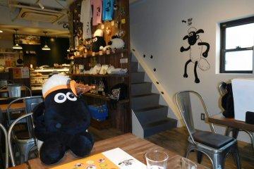 Kafe Shaun the Sheep di Osaka