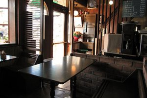 Sanai's relaxing old-style interior