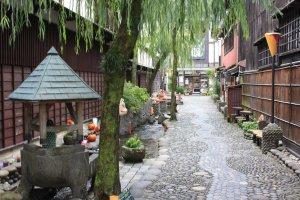 La ruelle Yanaka Komichi, ambiance Halloween