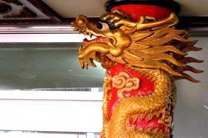 Walk Through Chinatown in Kobe