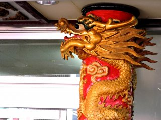 It wouldn't be Chinatown without dragons