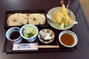 Tempura and cold udon