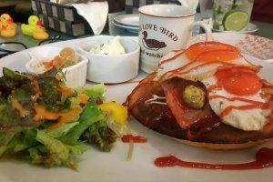 Pamplemousse, le Café Très Canard à Akita