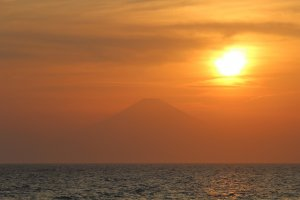 A Mt Fuji sunset that might be hard to beat
