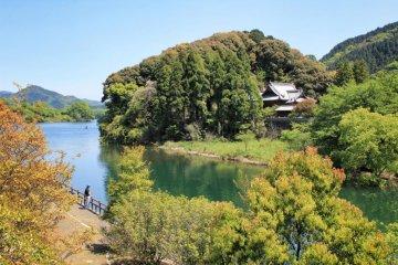 ทะเลสาบทะมะกะวะและที่ตั้งแคมป์