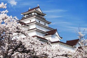 A Daytrip in Aizu