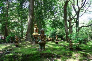 There are around 400 replica 'haniwa' in the park - statues that were placed on burial mounds during the Kofun period.