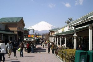 In clear weather, Mt. Fuji can be easily viewed from the outlets