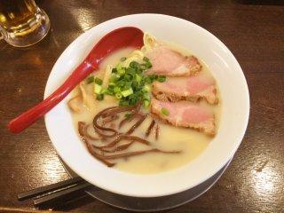 Tonkotsu ramen with rich broth and al dente noodles