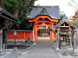 Tsutsujigaoka Tenmangu shrine