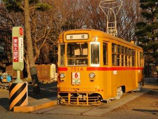Toden Arakawa Line train (beginning of Showa Era)