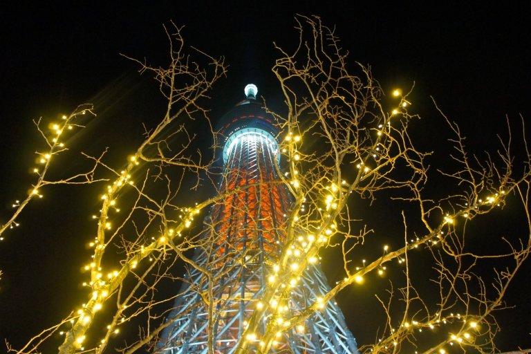 Đèn Giáng sinh ở tháp Tokyo Skytree