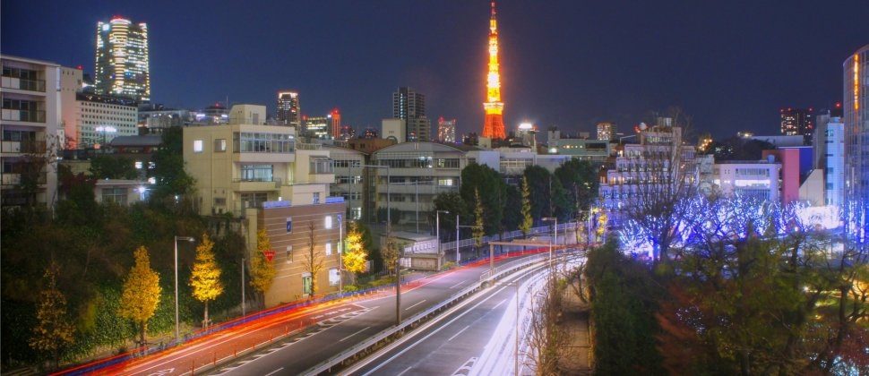 โตเกียวทาวเวอร์ในยามราตรี