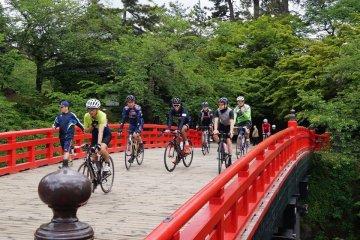 Aomori Sightseeing, Cycling: Hirosaki, Towada, Oirase