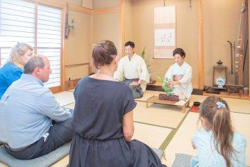 Ikebana Experience with Ikebana Master