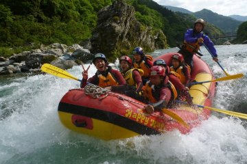 Kochi: Yoshino River Rafting/Canyoning, Intermediate