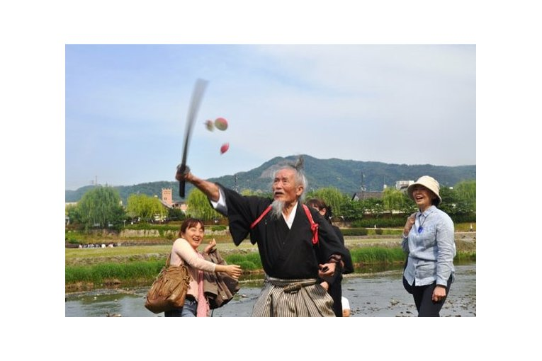 Cool Kyoto Walking Tour with the Last Samurai