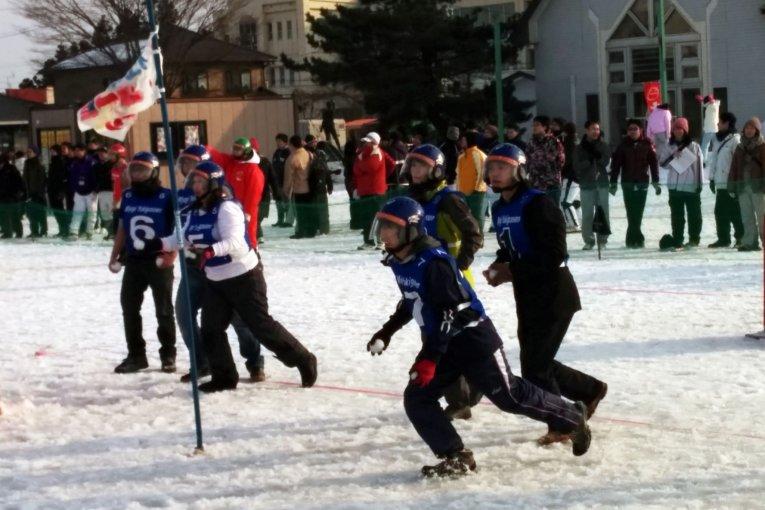การแข่งขันสโนว์บอลประจำปีในมิยากิ