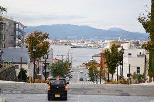 วิวอ่าว Hakodate เมื่อยืนถ่ายจากทางหน้าที่พัก