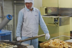 Saviez vous comment étaient faits les crackers de riz?