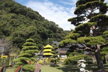 <p>The scenery of Sengan-En Garden</p>