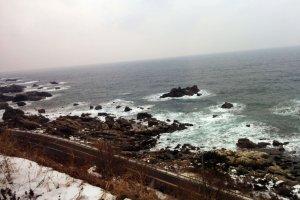 Khung cảnh tuyệt đẹp của Biển Nhật Bản.