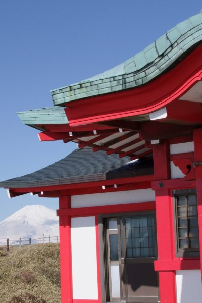 Hakone is famous for its beautiful views of Mt. Fuji.