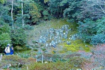 <p>Ruin of the rock garden in the upper garden (perhaps originally a cemetery)</p>