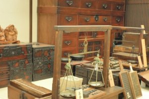 Recreated bankers office, Money Museum