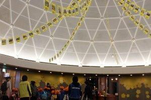 ファンタジーエッグと名付けられたこのホールは、幼児用のイベントが行われる。福井県内外の幼稚園・保育園に大人気な理由はこういうところにもある