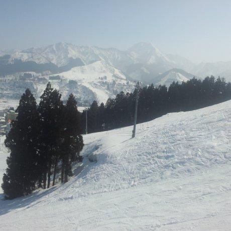 Khu nghỉ dưỡng trượt tuyết Ishiuchi Maruyama