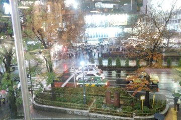 <p>The view of &nbsp;the&nbsp;Shibuya&nbsp;intersection from our table by the window&nbsp;</p>